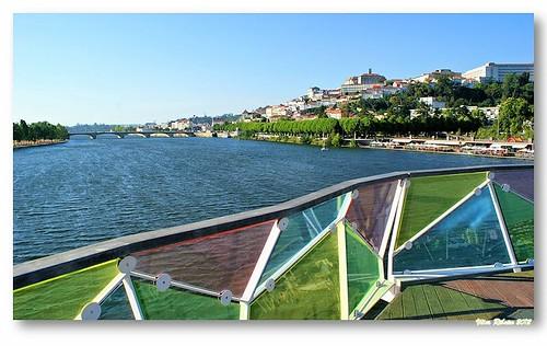 Coimbra vista da ponte pedonal Pedro e Inês by VRfoto