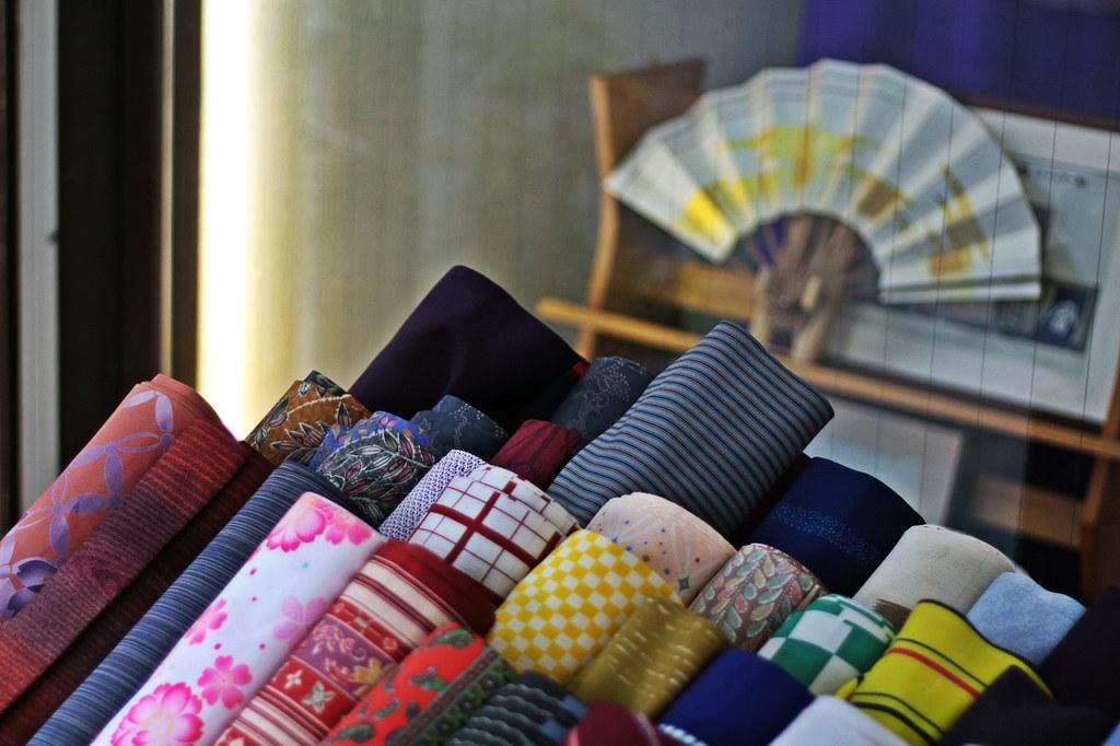 Nakamise-dori, fabrics