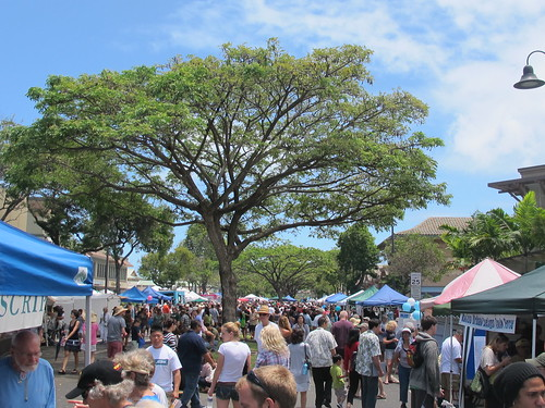 Street fair, downtown Kailua