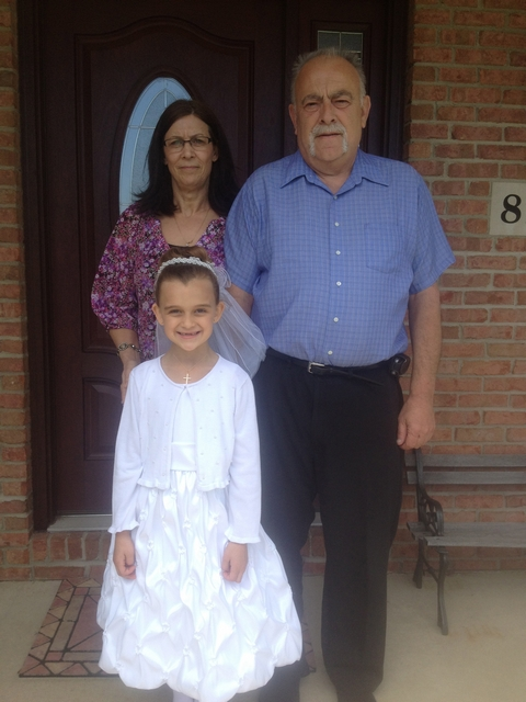 Karli & Grandma n Grandpa