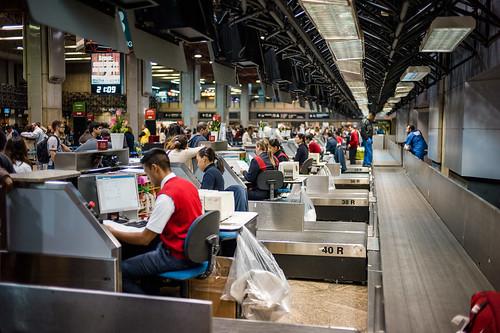 aeroporto brasil x eua