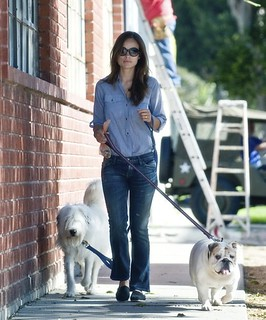 Olivia Wilde Toms Celebrity Style Women's Fashion