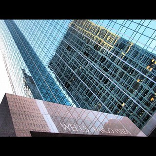Reflectivity, Wells Fargo Bank Plaza - SOM #ilovebuildings #ilovearchitecture #architecture #architectureschool #som #houston #texas #wellsfargo #reflection #glass #reflectivity #materials #modern #contemporary #skyscrapers #inspired #instagood #instaphot