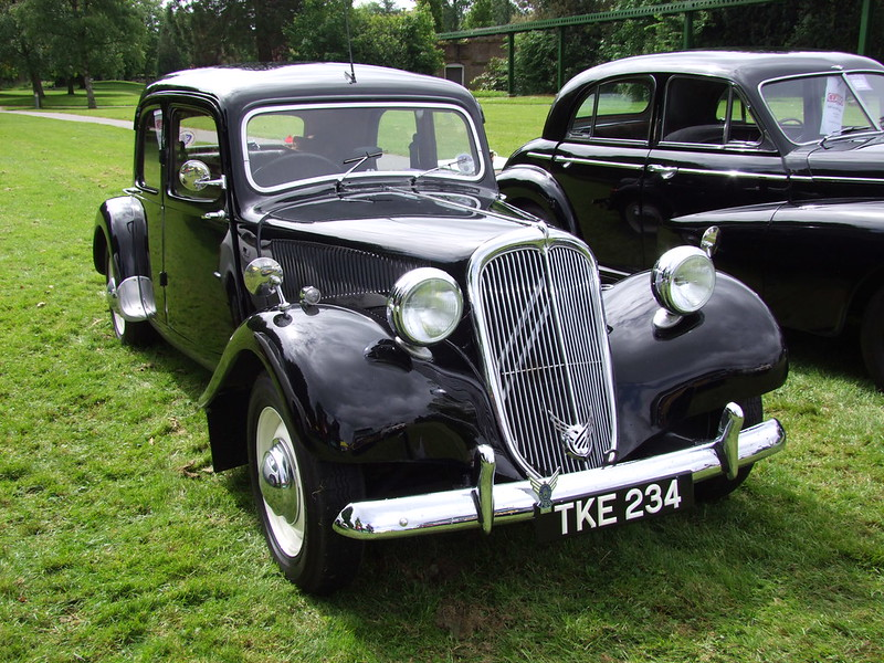 Traction Avant made in England 6881435302_92e4fc077f_c