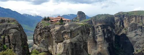 meteora, greece by George Koukoutianos