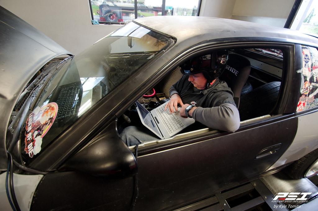Jason Oefelein tuning Justin Shreeve's 1JZ S13