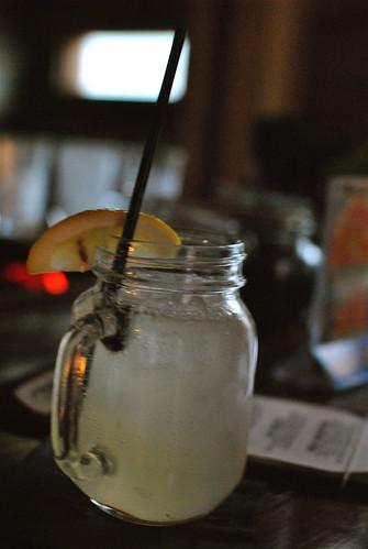 la cuevita  cocktail