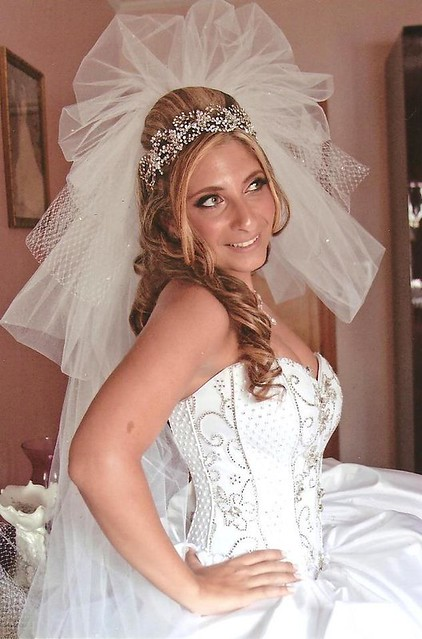 BSB bride  Joanna wearing her pouf veil