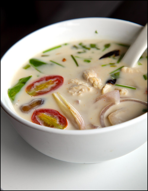 chicken-tom-kha