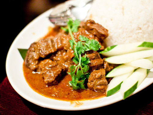 Beef rendang curry