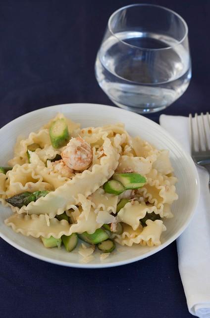 langoustine & asparagus pasta