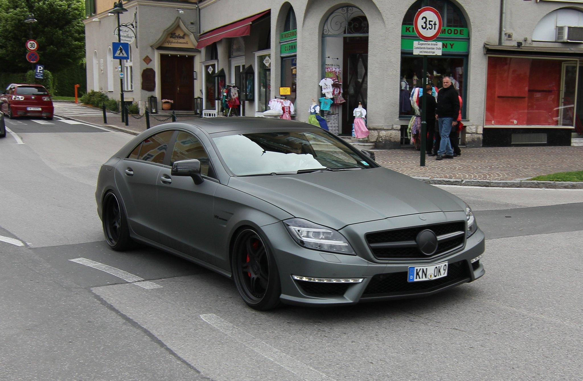 Mercedes benz cls 63 amg matt matte black schwarz flickr for Mercedes benz matte black