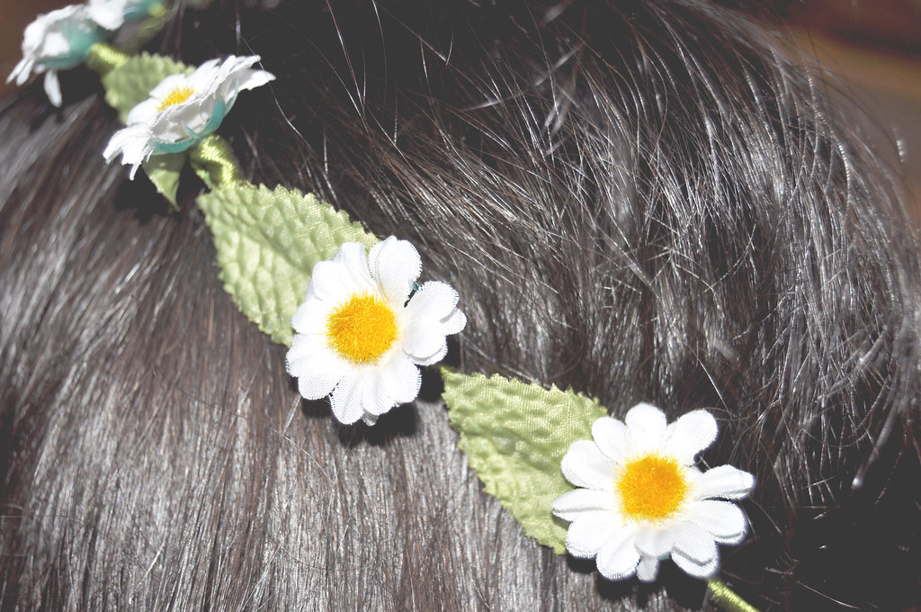 Flowers on my head (close up)