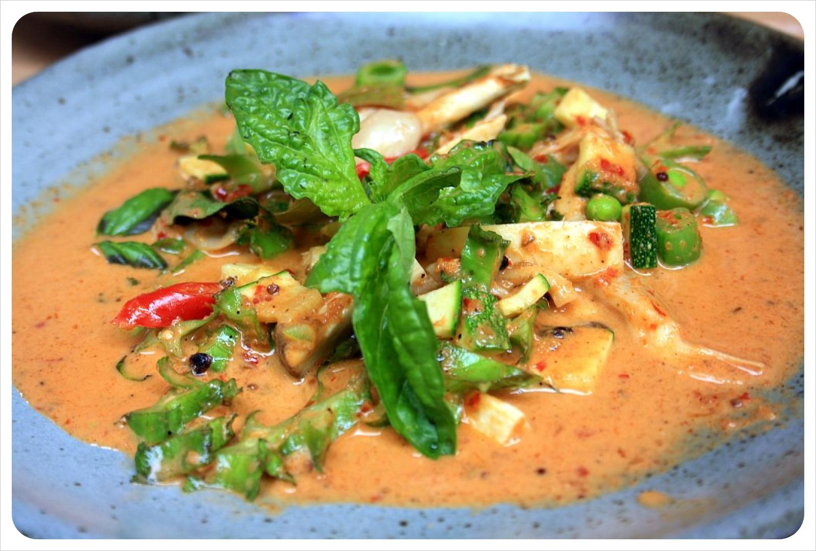 red curry at punpun