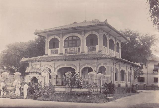 SAIGON - maison hospitaliere en brousse (Maison Commune de Thu Dau Mot)