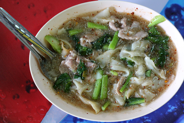 Radna (Noodles with Gravy) ราดหน้า