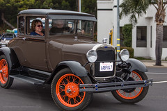 ford model a(0.0), touring car(0.0), sedan(0.0), ford model t(0.0), automobile(1.0), wheel(1.0), vehicle(1.0), ford model tt(1.0), ford(1.0), antique car(1.0), classic car(1.0), vintage car(1.0), land vehicle(1.0), motor vehicle(1.0), classic(1.0),