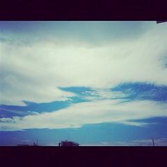 【写真】台風一過の空と雲。 Sky and clouds after passage of a typhoon. #空 #sky  #雲 #cloud