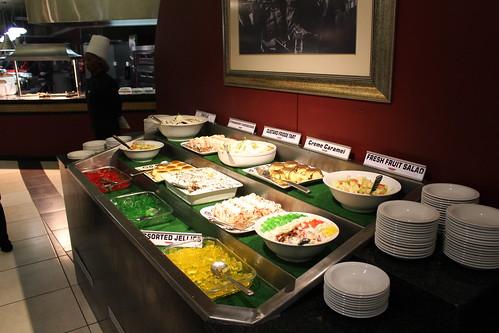 Dessert buffet in Rockafella's - Golden Horse Hotel