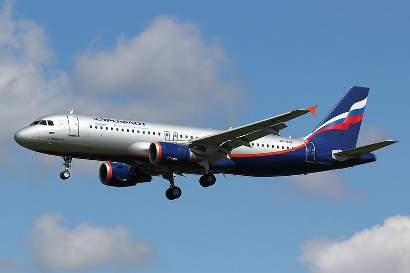 Aeroflot  -A320 - VQ-BAX