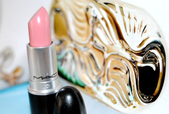 Creme Cup MAC Lipstick 4B