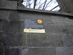 Photo of Black plaque number 8862