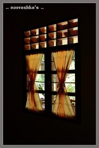 Jendela kamar ..