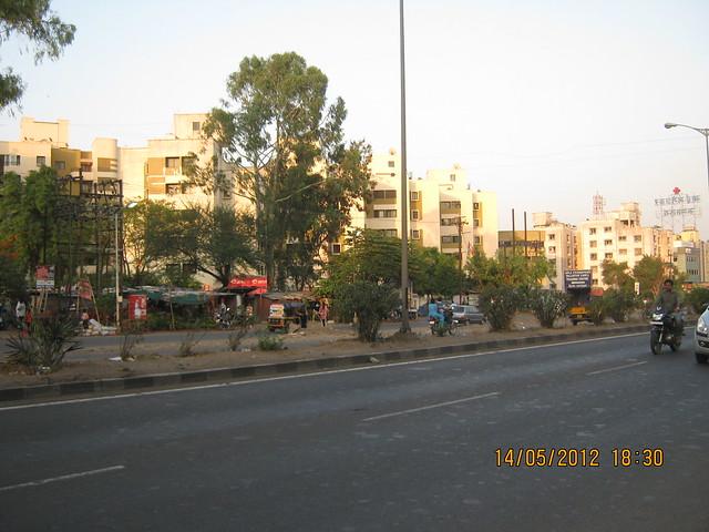 Viola Society - Near Cipla Foundation - Mai Mangeshkar Hospital - More - Warje -Visit Suyog Aura Warje Pune 411052