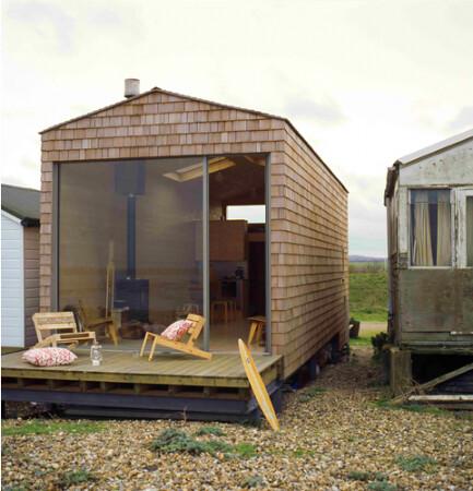 Design Curves Little Beach Hut
