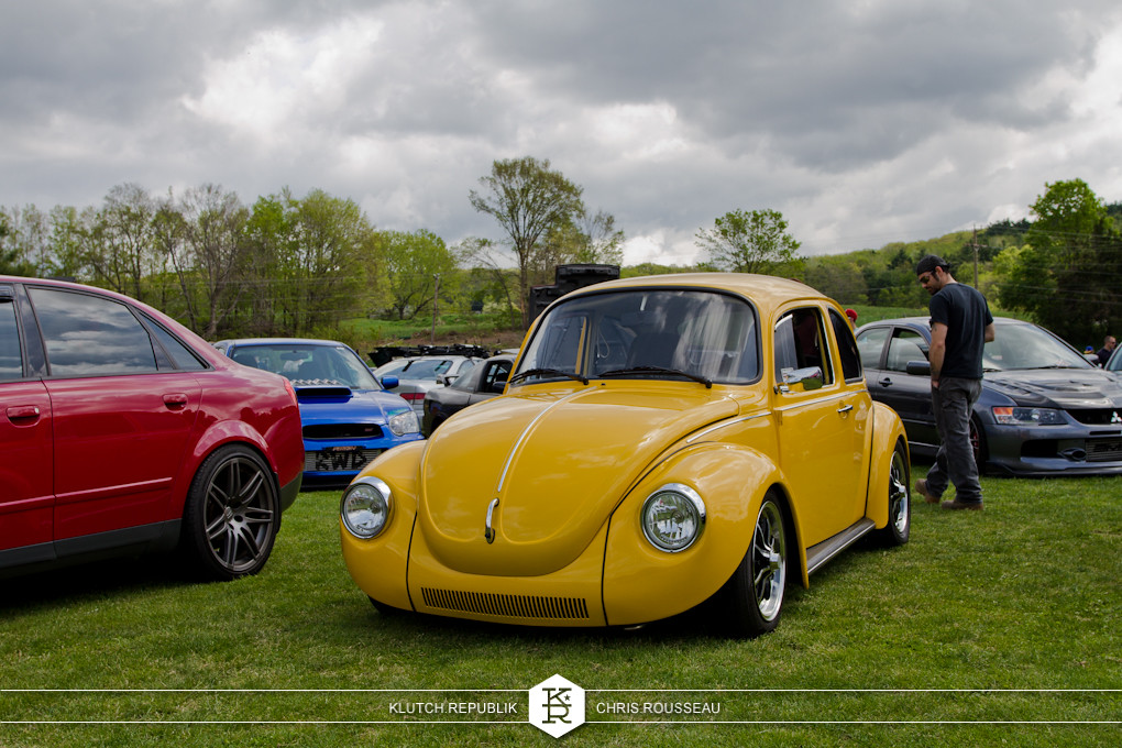 yellow aircooled vw beetle at staggered 2012