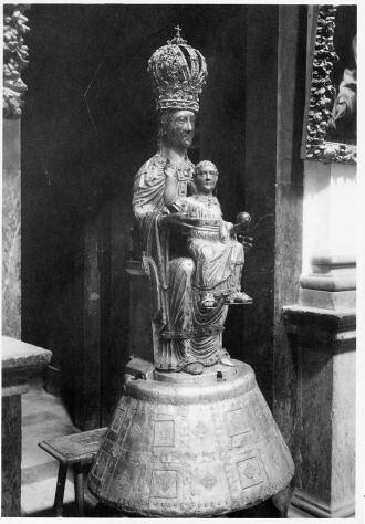Catedral. Virgen del Sagrario con Corona y con Niño (S. Xiii) Foto Rodríguez