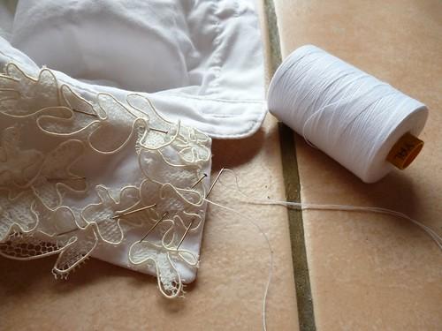 4 stitch lace