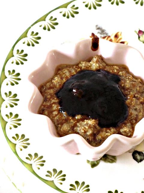Mousse di Tofu e Pesche alla Menta con copertura di Caramello alla Liquirizia (2)