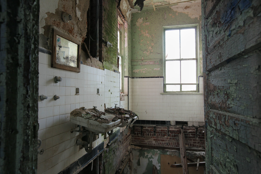 Inside Fort Totten Army Hospital