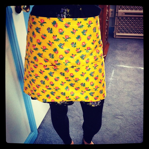 I sewed an apron! With pockets!