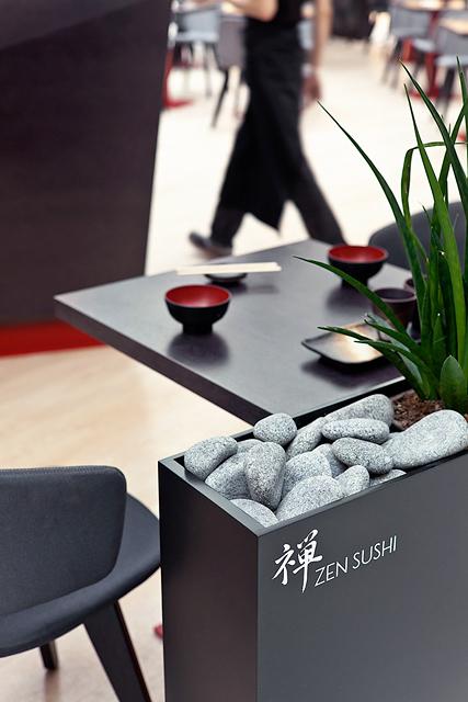 Zen sushi Kämpin keskuksessa