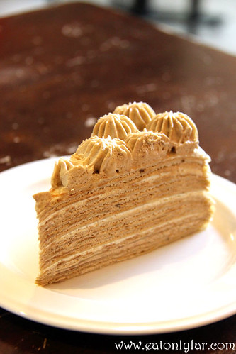 Royal Milk Tea Mille Crêpe, Nadeje Cake House