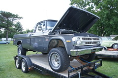 71 Dodge W-100 Power Wagon Pick-Up