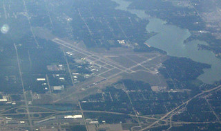 F-GLZI Muskegon county airport MKG MICHIGAN