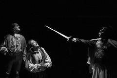 Michel Bouttier et Noé Cendrier dans Dom Juan (Molière) au Théâtre Espace Marais