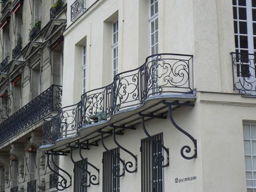 quai d'Orlénas.jpg
