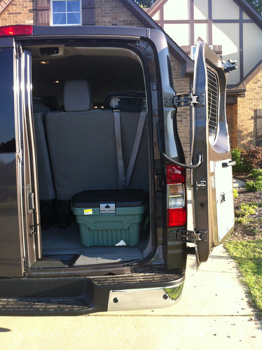 f6fd7f74835170 Nissan NV 3500 12 Passenger Review – What A Big Family Thinks