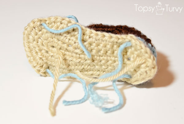 crochet-baby-sandals-bottom-ends