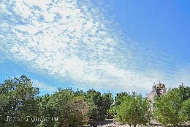 Ermita El Calvario y Nubes