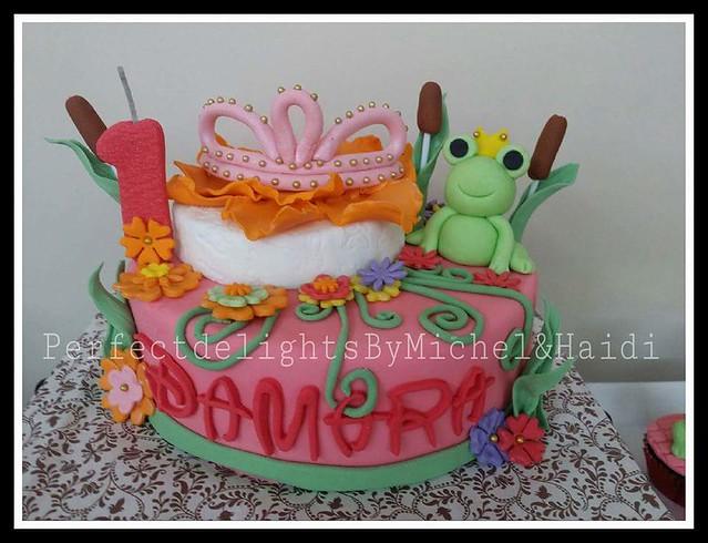 Cute Cake by Michel Lou Tan Chu