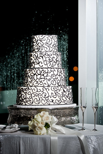 your money your wedding cake