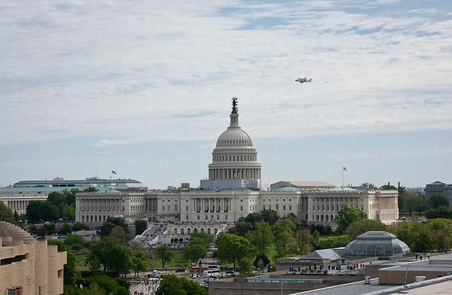 Space Shuttle Discovery DC Fly-Over (201204170048HQ)
