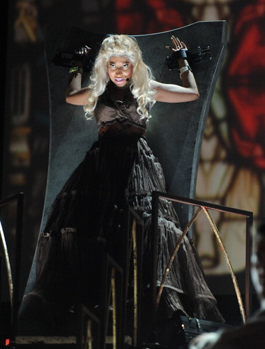 Nicki Minaj 2012 GRAMMY Performance: Roman Holiday 5