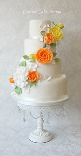 Spring Rose Garland Wedding Cake