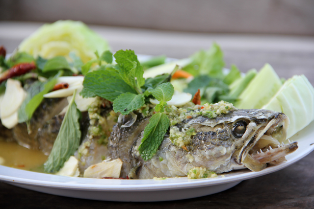 Pla Chon Lui Suan (Snake Head Fish with Vegetables) ปลาช่อนลุยสวน